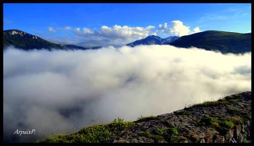Mer de nuages à Montségur .Ariège