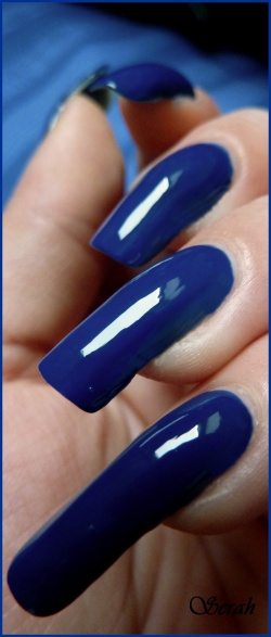 Swatch OPI Dating a Royal!