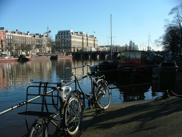 Amsterdam--5-.JPG