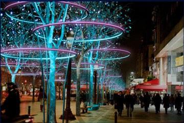 Champ-Elysees-2011-Tree-Rings