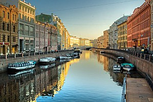 russie-saint-petersbourg-canal