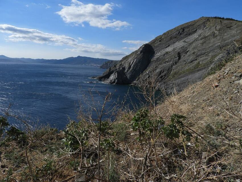 La côte rocheuse (suite)