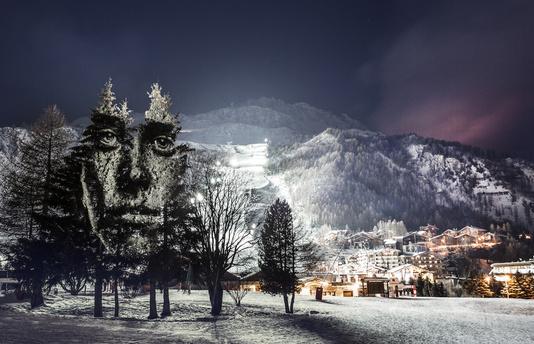 peinture lumineuse à Val d'isère