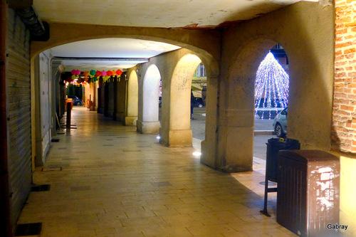 Gaillac 81: la ville la nuit en janvier … n2