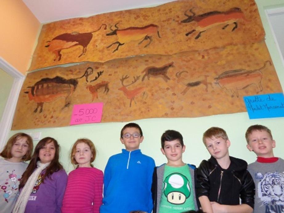 Des peintures pariétales découvertes à Moulet Marcenat!!!