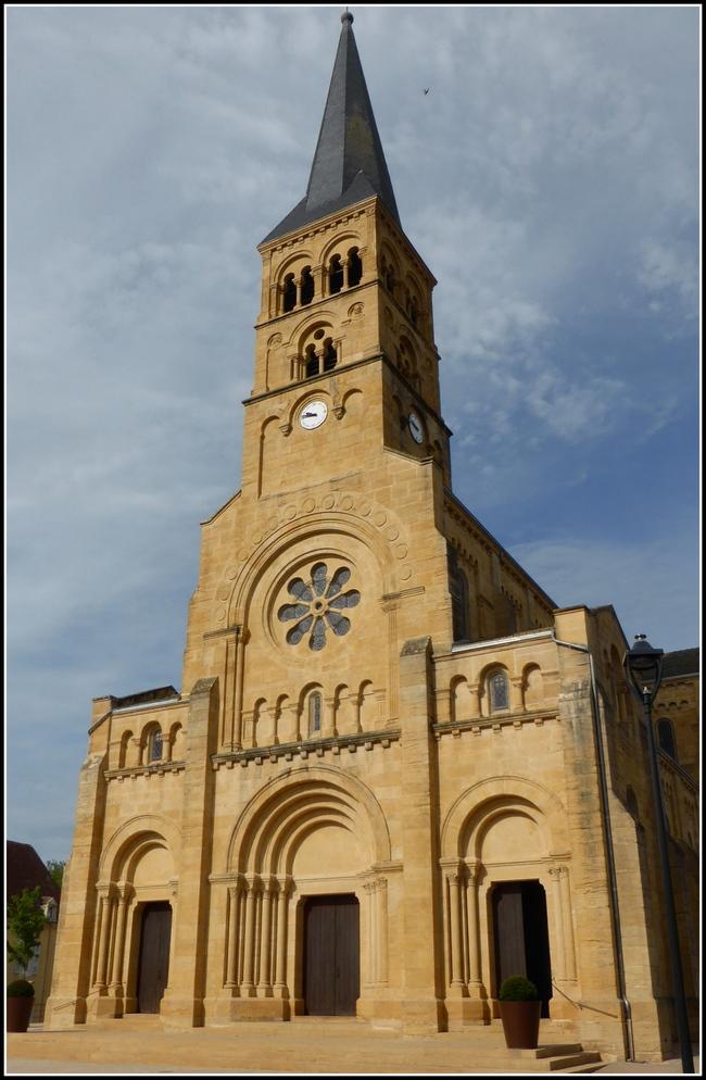 Charolles, jolie petite ville de Saône et Loire....