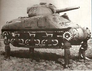 Un char gonflable dans le Kent (opération Fortitude, printemps 1944)