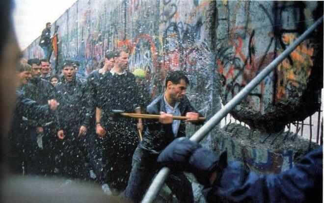 Il y a 30 ans, la chute du Mur de Berlin