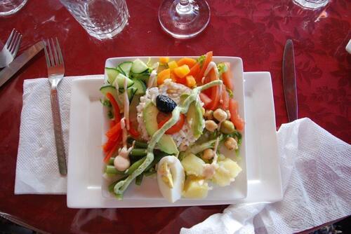Salade exotique en entrée