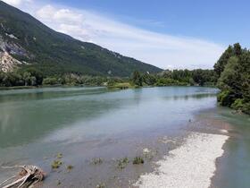 Le Rhône au Pont de la Loi