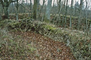LES REMPARTS DE GROSLEY-SUR-RISLE (Eure)