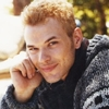 Photoshoot Kellan Lutz pour Self Magazine