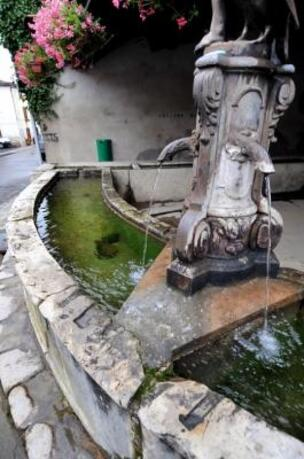 La fée de la fontaine Bistande,