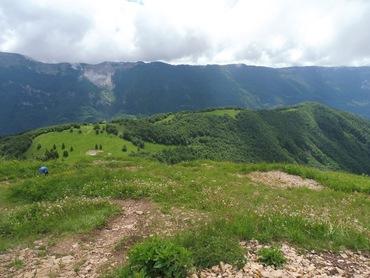 Sur le Crêt de Chalam - Vue sur les Hautes crêtes du Jura