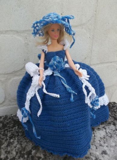 Les robes Barbie au crochet de Sisi