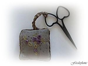porte aiguilles et accroche ciseaux pour blogaccroche cisea