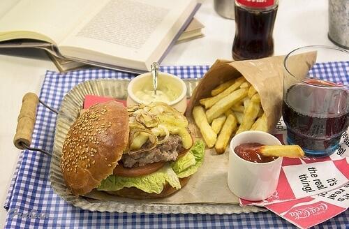 Que-sont-les-graisses-saturees-et-dans-quels-aliments-les-retrouve-t-on-500x328