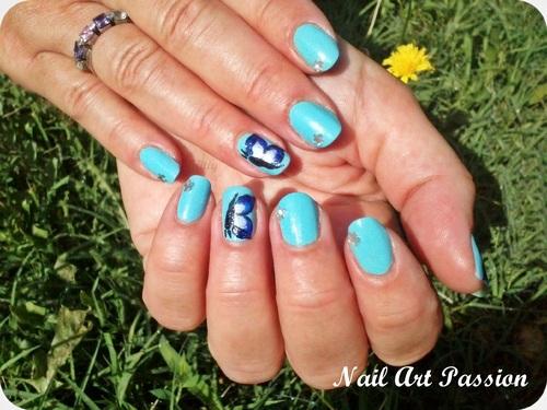 Nail art papillons en one stroke (1er essai) !