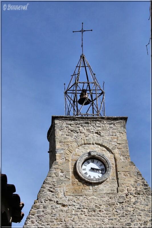 Campanile sur la Tour de l'Horloge Ansouis Vaucluse