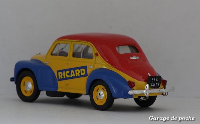 Renault 4cv pud Ricard