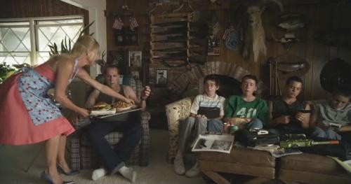 "Nicolette Sheridan apparait dans le film ""Jewtopia""."
