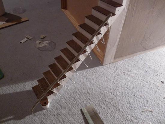 entr e l 39 escalier mon tout petit monde. Black Bedroom Furniture Sets. Home Design Ideas