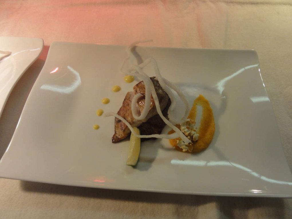 Les plats servis pendant la soirée. Merci à Laëtitia Pérez, élève de MCET pour les photos.