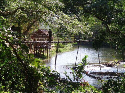 Sur le fleuve Nam Ou