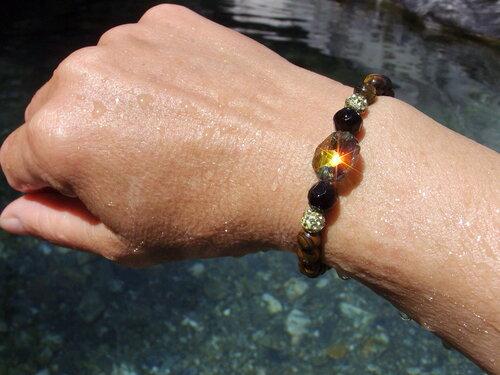 Bracelet en perles semi-précieuses oeil de tigre