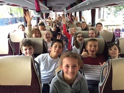 3 classes de CM2 en route vers le pays de Galles