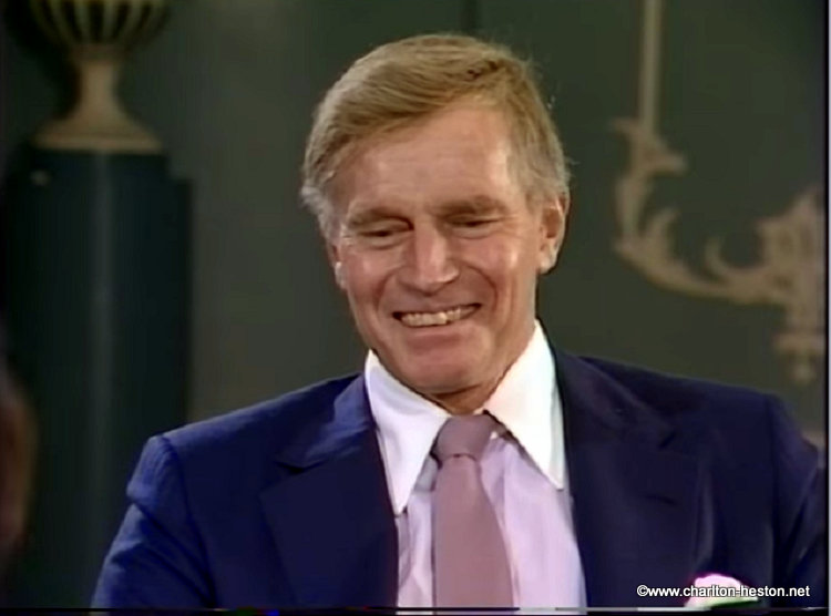 "UNE INTERVIEW DE CHARLTON HESTON  - Emission ""Afternoon Plus 4"" - 1983"