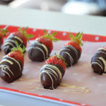 Fraises zébrées aux chocolats