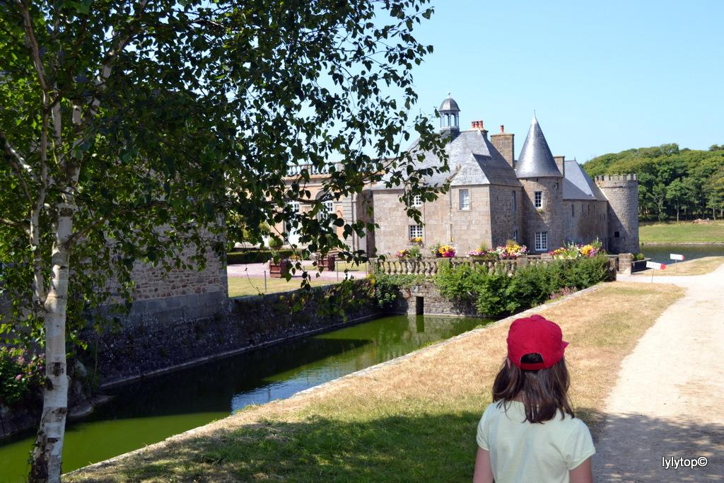 toujours le chateau de Flamanville