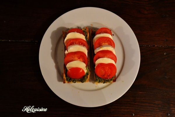 Tartines pesto / tomates / mozzarella