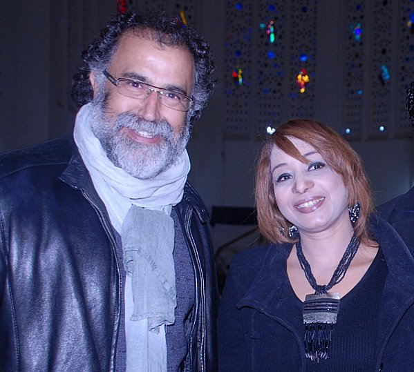 2--Med-Khouyi-et-Fathia-Nasr-dans-le-salon-national-des-jeu.jpg