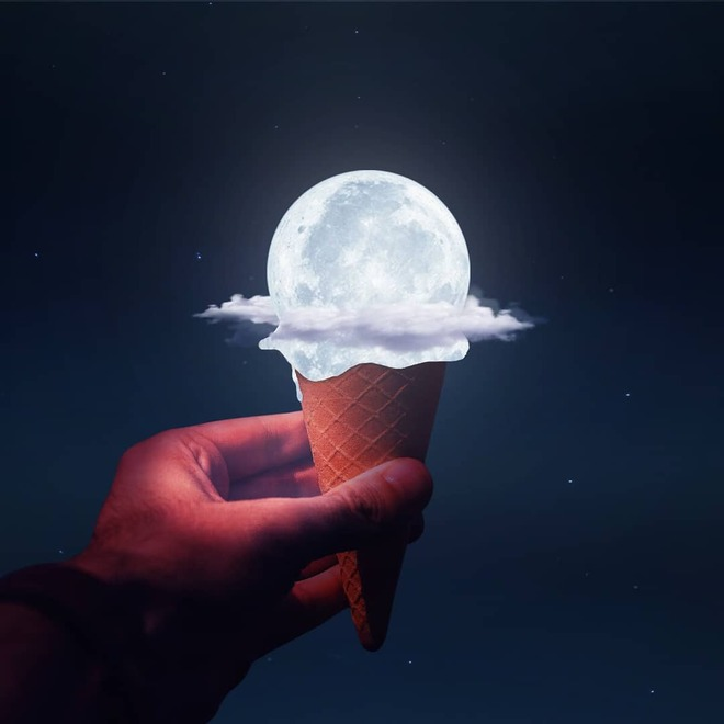 photo manipulation moon