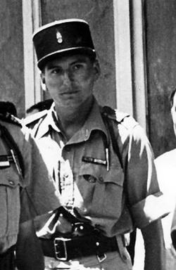 * Hubert Germain Grand Croix de la Légion d'Honneur. Cérémonie dans la cour des Invalides