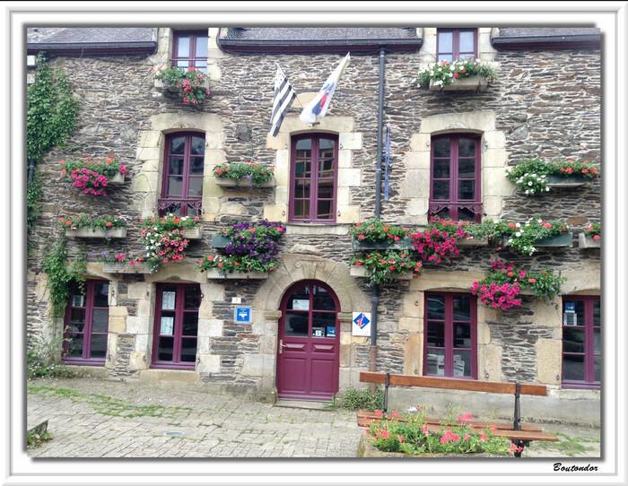 Rochefort en Terre - serie 1