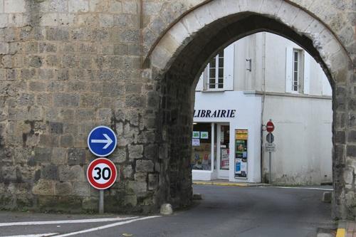 PONT-L'ABBÉ-D'ARNOULT (17)