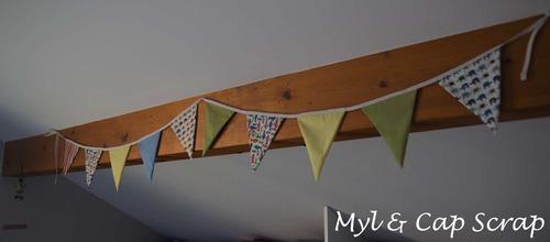 Mylène : Des guirlandes de fanions