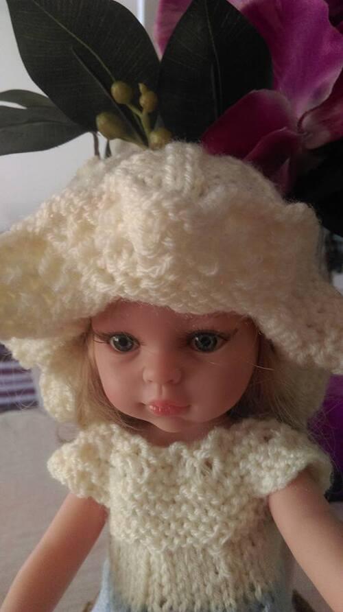 nouvelle robe et chapeau