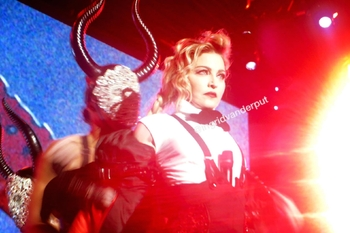 Rebel Heart Tour - 2015 11 28 Antwerp (2)