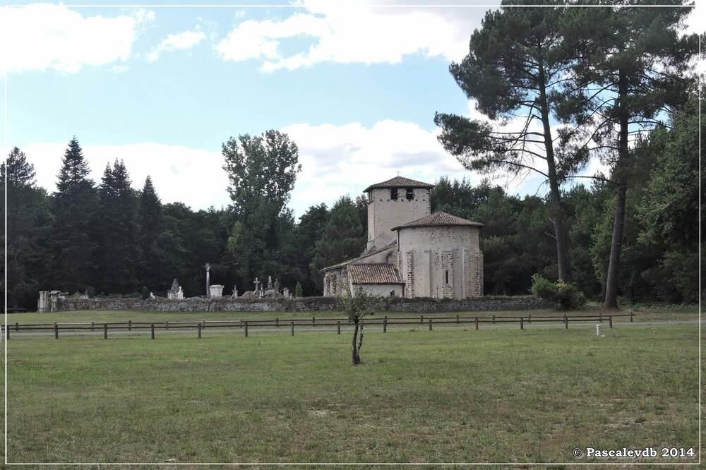 La fontaine Saint Clair et l'église de Mons - 4/6