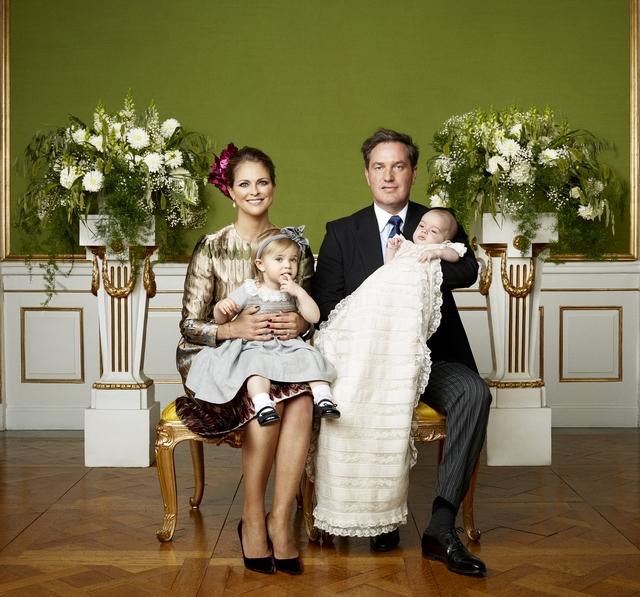Photos officielles du baptême du prince Nicolas de Suède