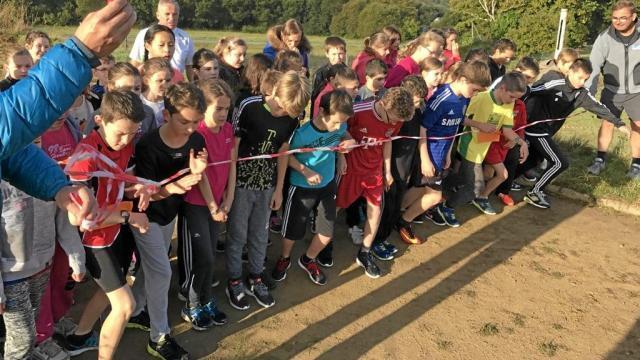 Un dernier petit effort sportif avant des vacances bien méritées pour les collégiens de Sainte-Anne.