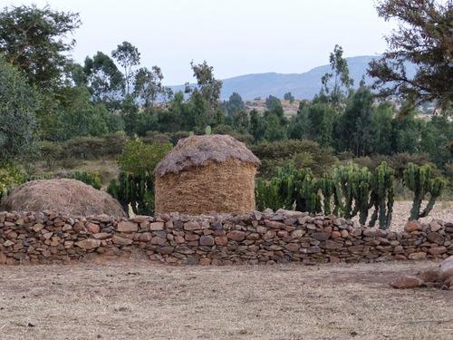 une maison typique à la campagne
