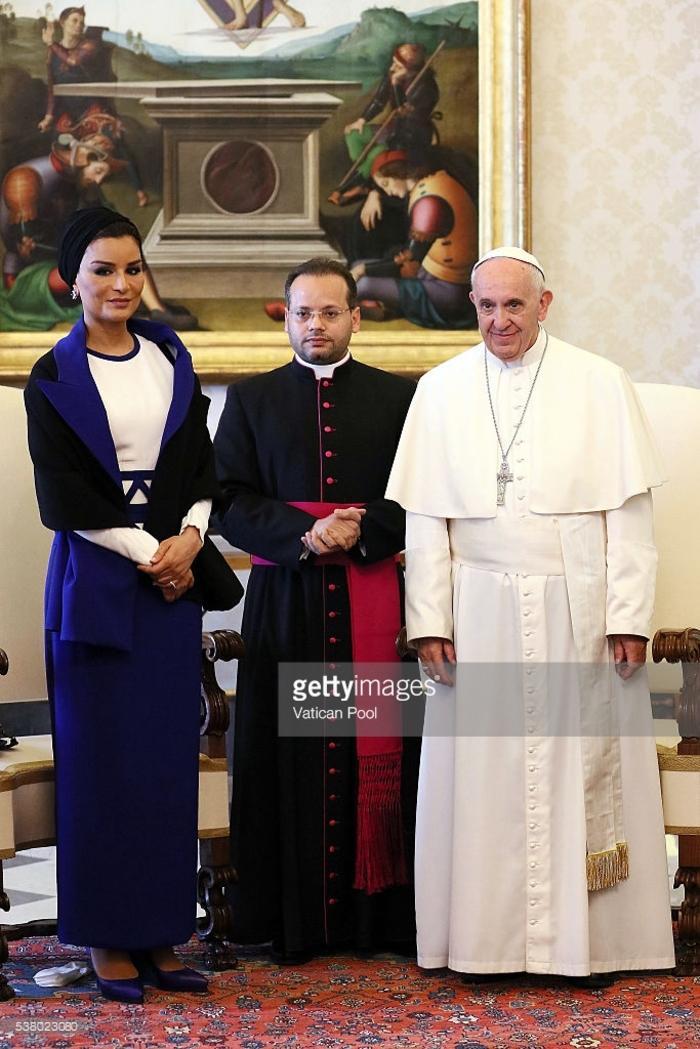 Pape François et la Sheikla Moza