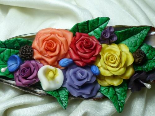 Coquille et petites fleurs
