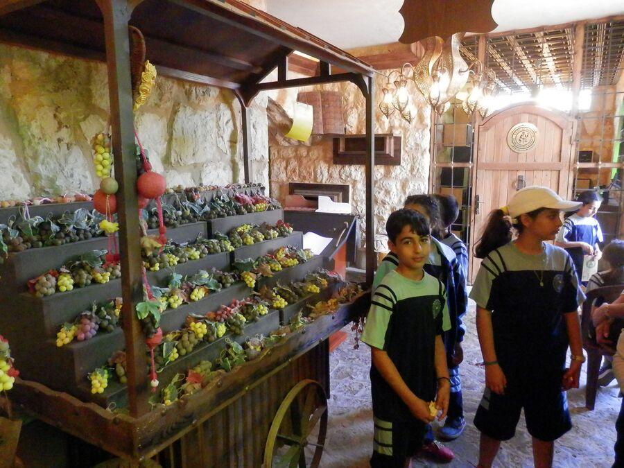 Suite de la visite de l'Eco village Bader Hassoun.