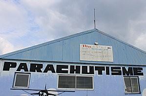 hangar médis